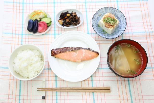 みんな和食を食べよう