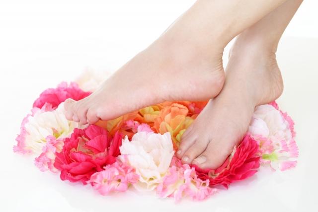 足の爪が臭い?